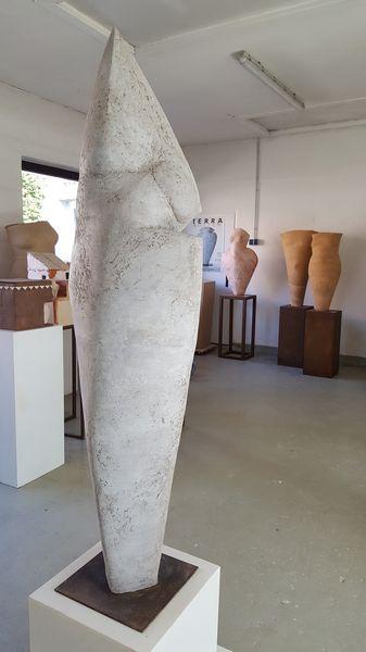 Kontrapost, Terrakotta, h 170cm